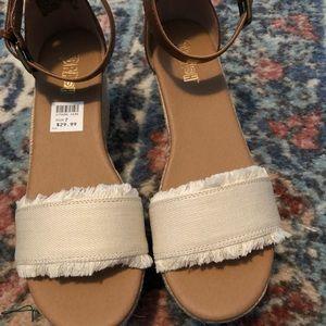 NWT Platform Sandals